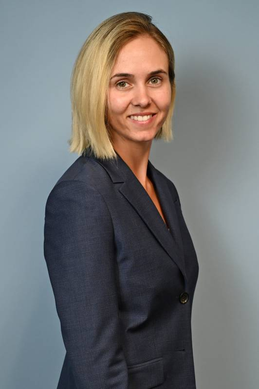 Eliana D. Vivier